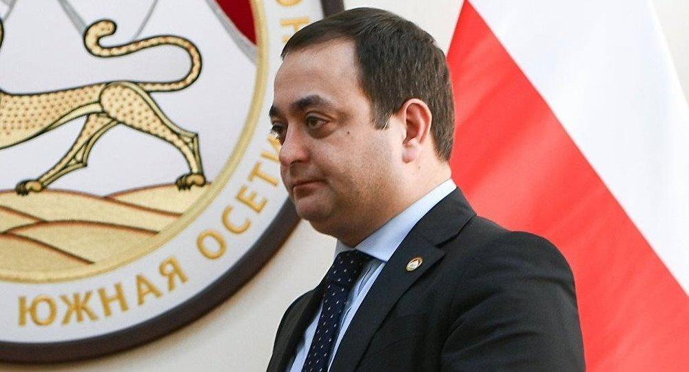 Знаур Гассиев поддержал акцию Sputnik «Елка доброты»