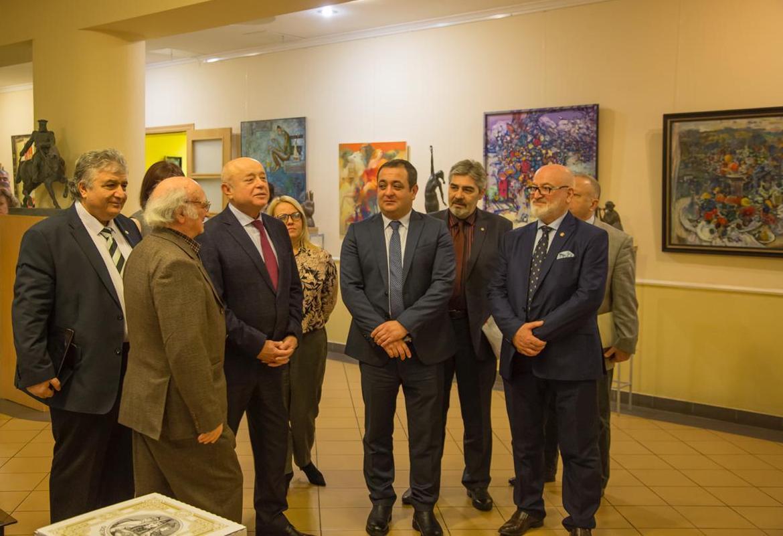 В РИСИ открылась художественная галерея представителей осетинской живописи