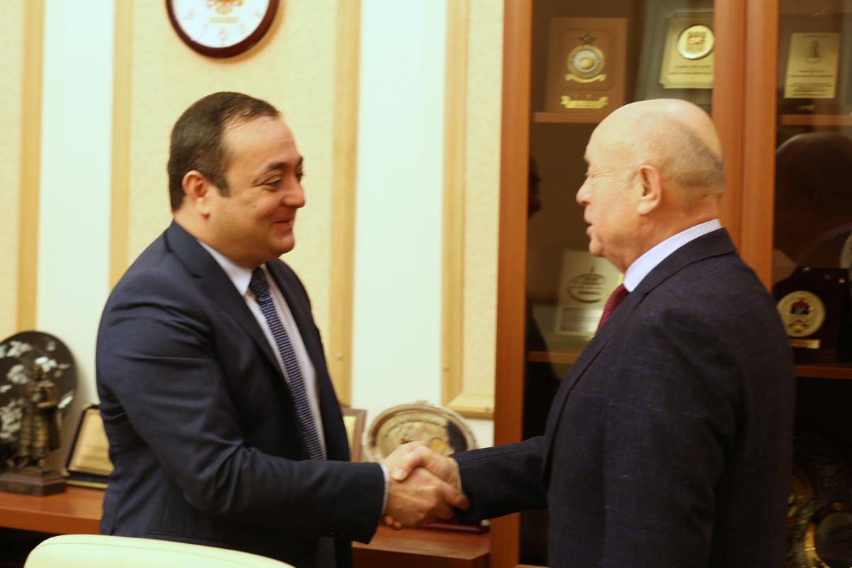 Директор РИСИ принял Посла Южной Осетии